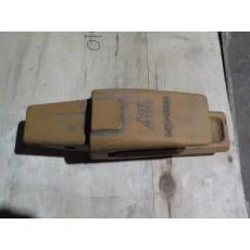Адаптер 61NB-31320 Hyundai R450
